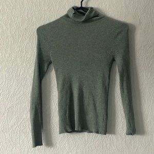 Ribbed Turtle Neck